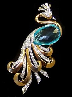 Early BOUCHER Huge Aquamarine Crystal Pave Rhinestone Peacock Pin