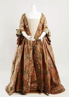 1760's dress