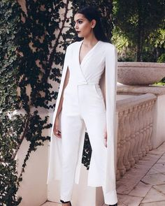 Lavish alice off white tailored cape jumpsuit my style - Jumpsuit zur hochzeit ...