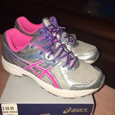 Asics like new, worn less then 10X Asics good for walking or running in a lovely pink color. Looking to bless your feet. Offers accepted. asics Shoes Sneakers