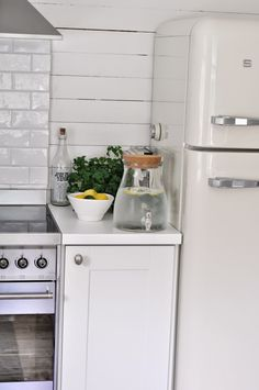 i want s smeg fridge - stainless steel is not stainless