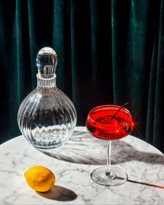 Motion Photography, Food Photography, Stop Motion, Still Life, Alcoholic Drinks, March, Glass, Beautiful, Drinkware