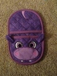 In the hoop Hippo oven mitt pot holder for by Christysdigitalfiles