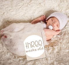 Your place to buy and sell all things handmade Baby Milestone Cards, Baby Milestone Blanket, First Year Photos, Monthly Photos, Baby Milestones, Sign Printing, Gender Neutral, Photo Props, Little Ones