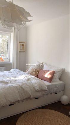 Room Ideas Bedroom, Home Bedroom, Bedroom Decor, Bedroom Inspo, Bedrooms, Dream Rooms, Dream Bedroom, Minimalist Room, Aesthetic Room Decor