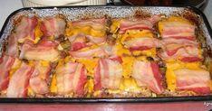 Hozzávalók 8 személyre: 8 vastag szelet tarja fél kg vöröshagyma egy kis fej fokhagyma 8 szelet füstölt bacon szalonna 8 szelet (füstöl... Bacon, Pork, Meat, Creative, Kale Stir Fry, Pork Chops, Pork Belly