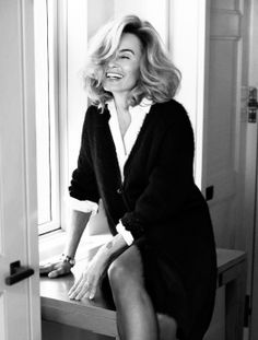 Jessica Lange. I do hope you know what you are in for. The loneliness, the heartbreak, the sacrifice you will face as a woman with a dream on her own.