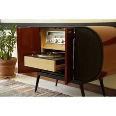 Vitrolas Retrô resgatam sons e memórias dos discos de vinil
