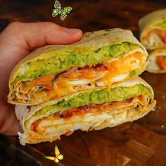"""Fit Healthy Recipes's Instagram post: """"🤤 Bacon, Egg White & Cheese Omelette Crunch Wrap Swipe Recipe! Tag your friends for this one!! By @theflexibledietinglifestyle - ✅ Macros…"""" Fit Healthy Recipes's Instagram post: """"🤤 Bacon, Egg White & Cheese Omelette Crunch Wrap Swipe Recipe! Tag your friends for this one!! By @theflexibledietinglifestyle - ✅ Macros…""""<br> Egg White Omelette, Cheese Omelette, 2000 Calories A Day, Crunch Wrap, Lean And Green Meals, White Cheese, Bacon Egg, Egg Whites, Meal Planning"""