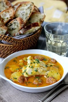Poached Cod in Saffron Broth with Spanish-Style Chorizo Poached Fish Recipes, Cod Fish Recipes, Seafood Recipes, Cod And Chorizo Recipes, Tapas Recipes, Spanish Recipes, Yummy Recipes, Healthy Recipes, Fine Dinning Recipes