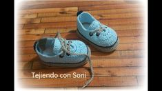 Move the next age directly into the shoe fold with the baby footwear and young one trainers. Crochet Baby Boots, Crochet Baby Sandals, Booties Crochet, Crochet For Boys, Crochet Shoes, Crochet Slippers, Baby Booties, Crochet Dolls, Baskets Converse