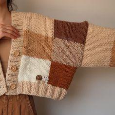 Diy Crochet Projects, Knitting Projects, Knitting Patterns, Crochet Cardigan, Knit Crochet, The Cardigans, Crochet Fashion, Kawaii Fashion, Crochet Designs