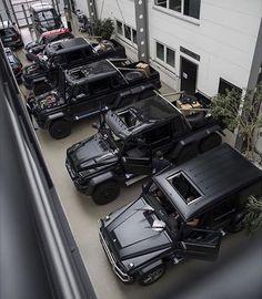 Best cars mercedes benz g wagon Ideas Mercedes Auto, Mercedes G Wagon, Mercedes Benz G Class, Mercedes Brabus, Dream Cars, Best Luxury Cars, Luxury Suv, Koenigsegg, Amazing Cars