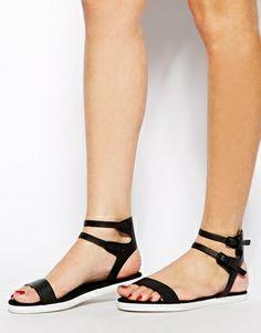 KG Detroit Black Sandals