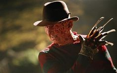#Horror movies to watch before #Halloween arrives! #horrormovies #halloweenmovies #halloweenhorror #horrorfilms New Nightmare, Nightmare On Elm Street, Best Horror Movies, Scary Movies, Halloween Movies, Halloween Horror, Happy Halloween, Freddy Krueger Pictures, Hollywood Stars