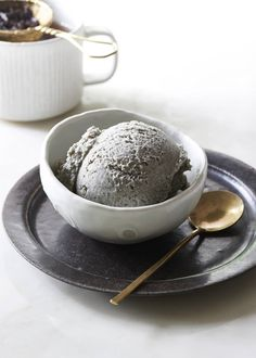 Vegan Black Sesame Ice Cream - This vegan dairy free black sesame ice cream is quick, easy, and absolutely delicious!