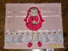 Resultado de imagem para molde toalhinha com bonequinha