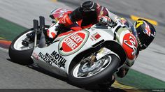 Scott Redding rides Kevin Schwantz' 1994 Suzuki