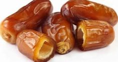 Dates are undoubtedly one of the healthiest fruits on the planet and they offer numerous health benefits, including: Dates improve digestion Dates are rich in fibers and thus help digestion, but they are also high in numerous other nutrients, and … Read Healthy Fruits, Healthy Recipes, Carrots Healthy, Healthy Food, Health Benefits Of Dates, Salud Natural, Nutrition, Lower Cholesterol, Natural Cures