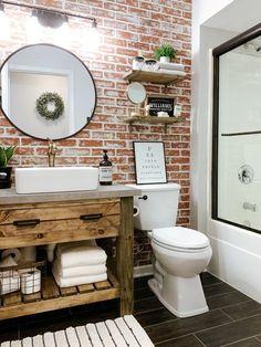 Small Rustic Bathrooms, Cabin Bathrooms, Rustic Bathroom Designs, Upstairs Bathrooms, Rustic Cabin Bathroom, Tiled Bathrooms, Rustic Bathroom Shelves, Country Bathrooms, Wooden Bathroom Vanity
