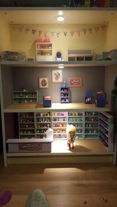 Shopkins house display Trendy Bedroom, Kids Bedroom, Bedroom Decor, Bedroom Ideas, Shopkins Room, Shopkins Ideas, Chloe, Daughters Room, Toy Craft