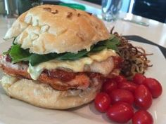 BBQ chicken burger done right! This one has all the right elements to pack a punch! Big Burgers, Barbecue Sauce, Bbq Chicken, Poultry, Hamburger, Punch, Sandwiches, Cooking, Ethnic Recipes
