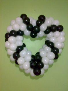 Orta boy kalp siyah beyaz kombine