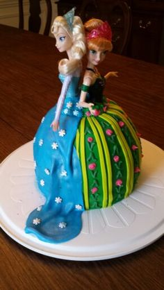 Anna and Elsa birthday cake