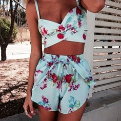 I would wear this all the time. The shorts look so comfy.