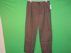 IZOD Men's American Chino Pleated Pant, Decaf Coffee, 42x30 ...