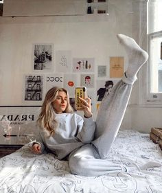 Behind The Scenes By lessisworefemales Aesthetic Fashion, Urban Fashion, Urban Aesthetic, Nike Sweat, Foto Pose, Girl Photography Poses, New Wall, Dr. Martens, Lounge Wear