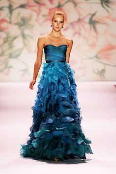 Blue gown. Monique Lhuillier. Spring 2011. love the color <3