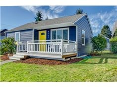 This 2 bedroom/2 bath home at 8147 27th Ave SW sold for $338,000 on 4/17/15 after 4 days on the market.
