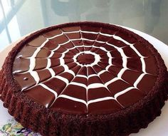10 Minuets : In the evening we can make ice-cold chocolate tarts that melt in the palate. Delicious Chocolate, Chocolate Desserts, Chocolate Cake, Chocolate Tarts, Baby Girl Christmas Dresses, Food Art, Cake Recipes, Muffin, Food And Drink