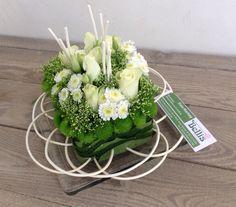 Winter flower arrangement | made and uploaded by Bellis Bloemen (Westvleteren)