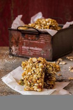 Vi sarà capitato almeno una volta di comprare delle barrette ai cereali, quelle con i frutti di bosco, con la frutta secca, con il cioccolato
