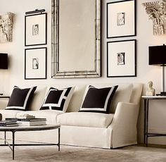 Keep updated with the most recent small living room decor a few ideas (chic & modern). Discover good ways to get fashionable style even if you have a small living room. Living Room Furniture, Living Room Decor, Decor Room, Living Rooms, Home Modern, French Country Living Room, A Frame Cabin, Classic Furniture, Rustic Furniture