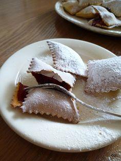 Ravioloni dolci con marmellata