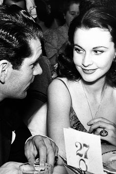 Vivien Leigh and Laurence Olivier at the 12th Annual Academy Awards, 1940.