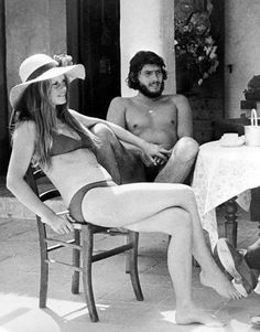 Brigitte Bardot & Laurent Verges in Saint-Tropez, France, June 1973 Saint Tropez, Vintage Beauty, Provence, Birgitte Bardot, Bridget Bardot, Bardot Brigitte, And God Created Woman, French Chic, French Riviera