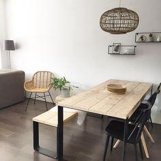 #kwantuminhuis Stoel TREVI > https://www.kwantum.nl/meubelen/stoelen en lampenkap BOREAS >https://www.kwantum.nl/verlichting/lampenkappen @lapetitefox_home