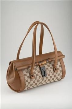 fd137f284823 GUCCI SIGNATURE MONOGRAM   BAMBOO BAG Louis Vuitton Consignment