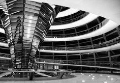 Inversion. Reichstag. Berlin.