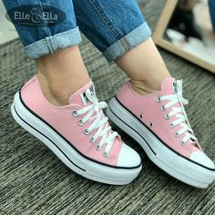 Converse Outfits, Sneaker Outfits, Sneakers Fashion Outfits, Converse Style, Tomboy Outfits, Converse Sneakers, Fashion Shoes, Moda Fashion, Comfy Shoes