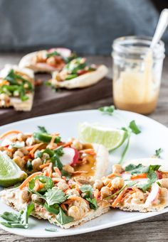 Chickpea Banh Mi Pizza - Dishing Up the Dirt - Vegan Recipes Veggie Recipes, Gourmet Recipes, Whole Food Recipes, Dinner Recipes, Dirt Recipe, Vietnamese Street Food, Vegan Pizza Recipe, Food Substitutions, Vegan Lunches