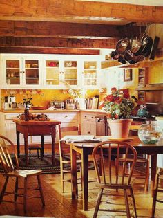 Love the beams, yellow and English country style. Amanda Pays/Corbin Bernsen home. Northern California Style