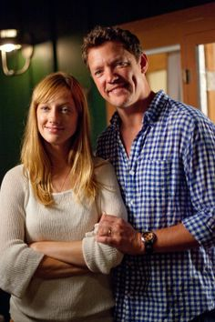 """Judy Greer talked to VIVmag about playing the wife of the philandering Brian Speer (Matthew Lillard) in """"The Descendants. The Descendants 2011, Lucy Punch, Jane Greer, Depaul University, Vogue, Actresses, Couple Photos, Film, Demons"""
