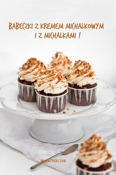"""Cupcakes with pieces of """"Michalki"""" Chocolate mixed in and Michalki chocolate buttercream Chocolate Mix, Chocolate Buttercream, Food Cakes, Cake Recipes, Sweet Tooth, Food Photography, Deserts, Cupcakes, Yummy Food"""