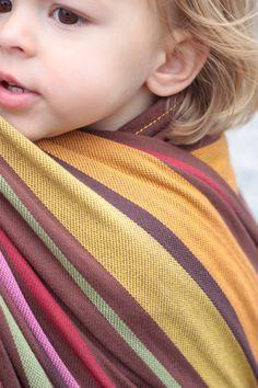Unique colours! #wovenwrap #hoppediz