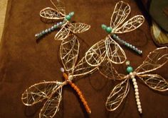 How to make Wire dragonflies ~ Wire Jewelry Tutorials Wire Crafts, Bead Crafts, Jewelry Crafts, Arts And Crafts, Wire Wrapped Jewelry, Wire Jewelry, Beaded Jewelry, Handmade Jewelry, Jewellery